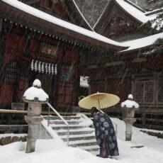 三峯神社で体験した不思議なこと(1)祝詞に合わせて歌う小鳥たち